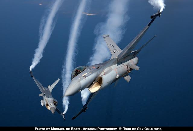 NO DUTCH F-16 DEMO TEAM IN 2017