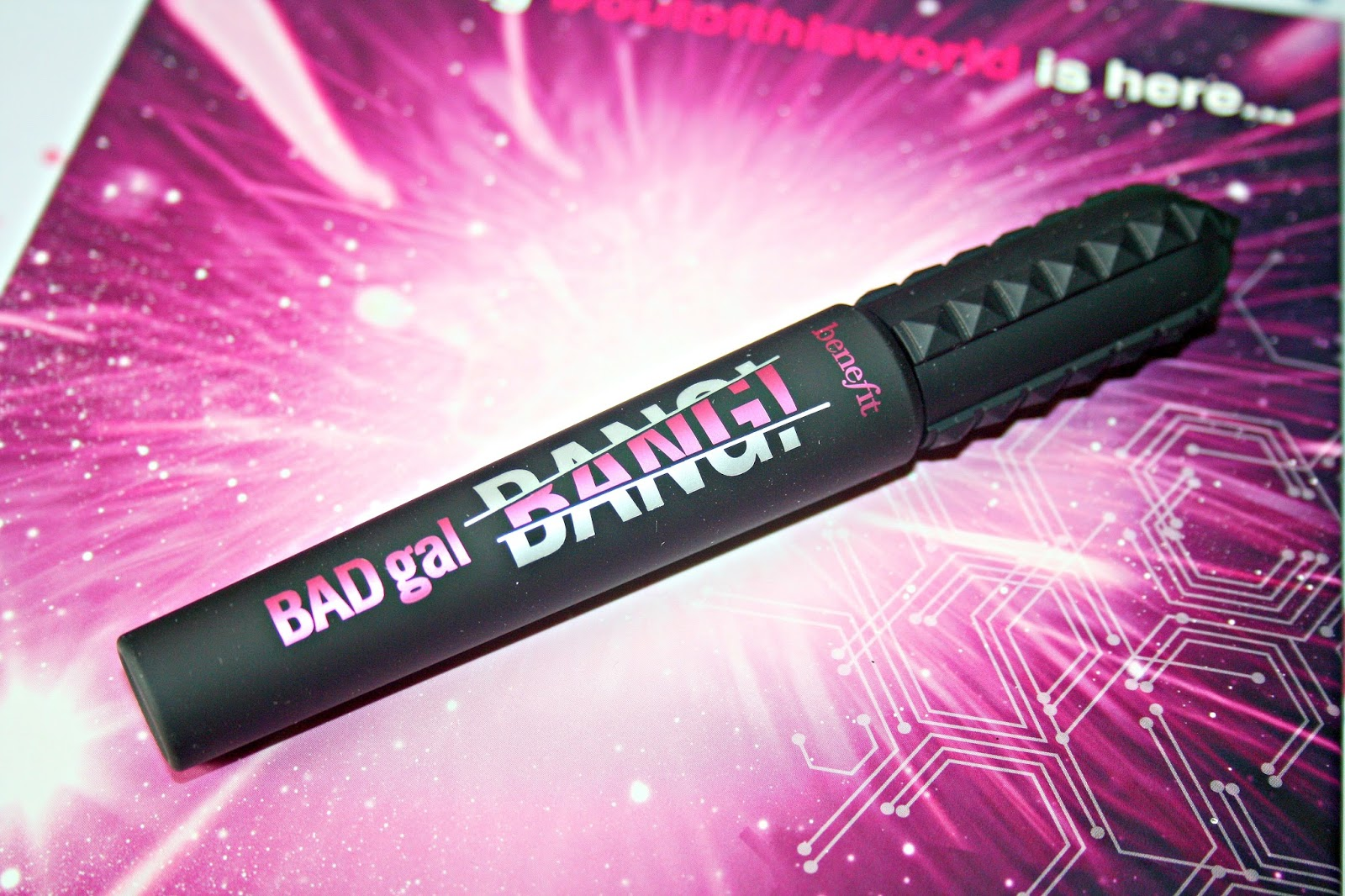 df20a56992d Anything, aero-particle inclusion is said to ensure that the mascara  formula can be layered up for the maximum impact such as adding volume,  length and curl ...