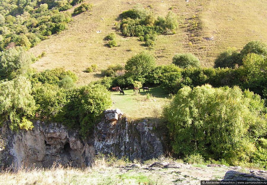 Долина реки Аликоновки, Медовые водопады