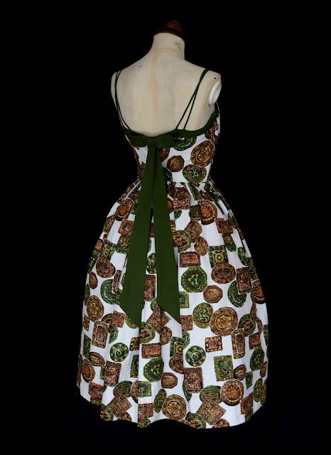 mid century dress 1950s