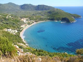 Διακήρυξη για την τοποθέτηση ομπρελοκαθισμάτων στη παραλία «ΑΡΙΛΛΑ»