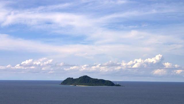 Pulau Senoa