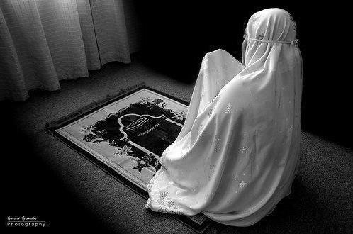 Bantulah Suami dengan Shalat Dhuha, Maka Peningkatan Rezeki Akan Segera Anda Rasakan