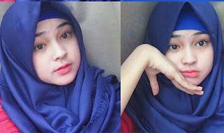 Angel Lisandi Putri Pakai Hijab Biru