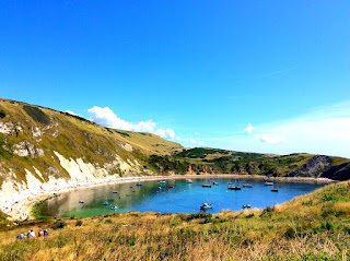 http://pridenstyle.blogspot.co.uk/2015/08/dorset-coasts-lulworth-cove.html
