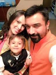 Ajaz Khan Family Wife Son Daughter Father Mother Age Height Biography Profile Wedding Photos