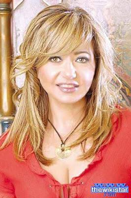 قصة حياة ليلى علوي (Laila Elwi)، ممثلة مصرية، من مواليد يوم 4 يناير 1962