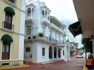 Palacio Presidencial, Casco viejo, Panamá, round the world, La vuelta al mundo de Asun y Ricardo, mundoporlibre.com
