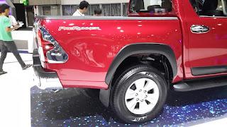 Toyota Hilux Revo 2015
