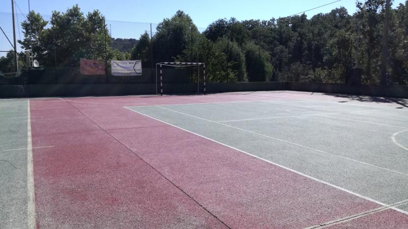 Campo polidesportivo de Rapoula do Côa