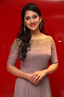 Mia George Looks Beautiful at Yaman Movie Audio Launch Pics 021.jpg