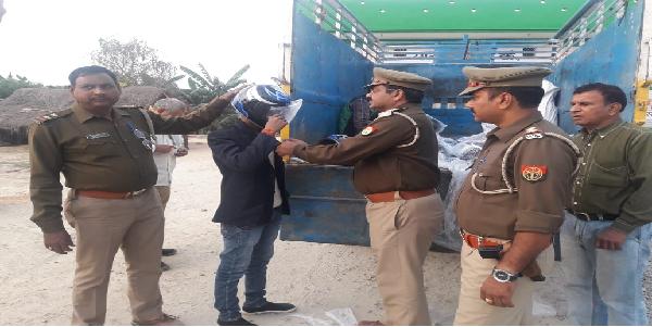 Pali-police-ne-chalaya-helmet-suraksha-abhiyaan