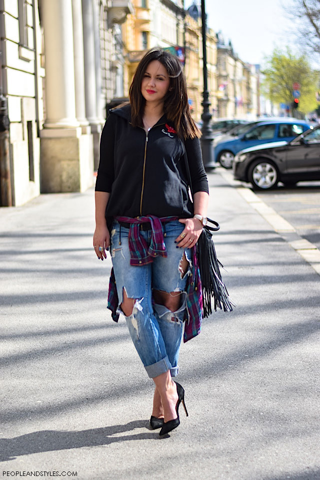 How to wear distressed jeans, stylish plus size fashion street style inspirations
