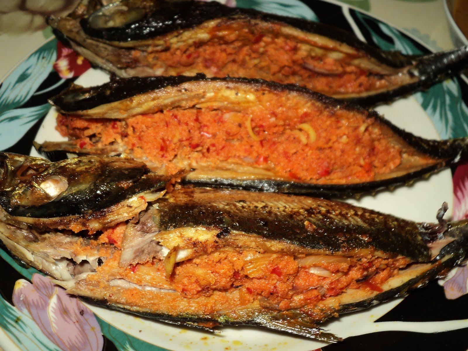 MASAKAN DARI DAPURKU: ikan cencaru sumbat
