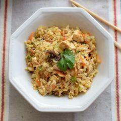 Receta para preparar arroz frito f[acil con pollo