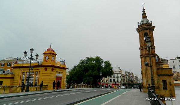 """""""El Mechero"""", a Capela del Cármen, na Ponte de Triana, em Sevilha"""