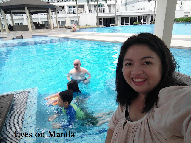 Shell residences pool
