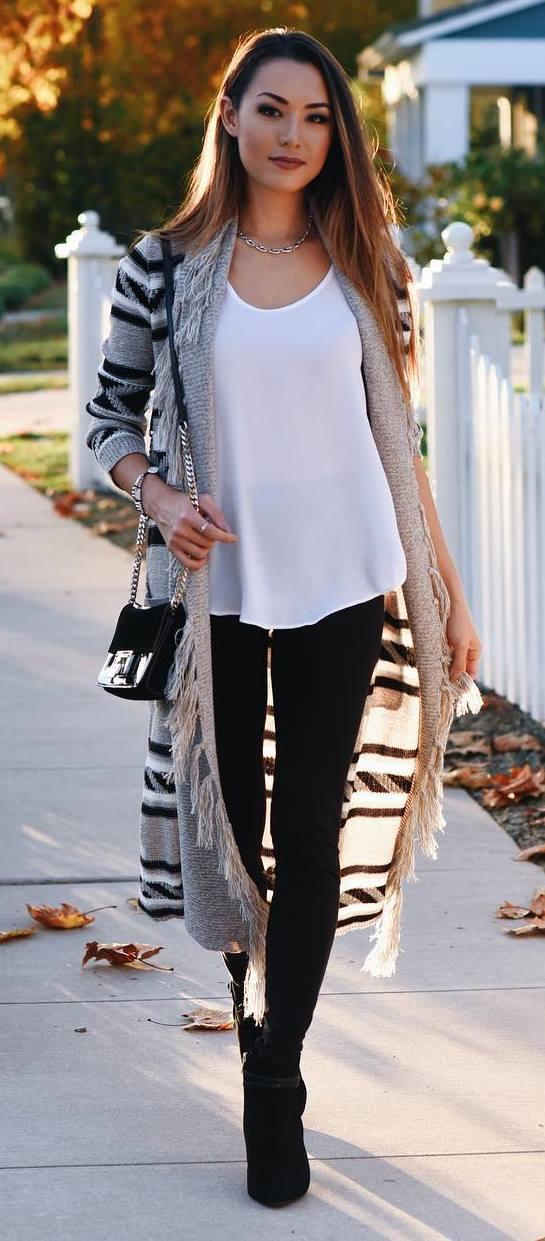 long cardi + white top + bag + skinnies + heels