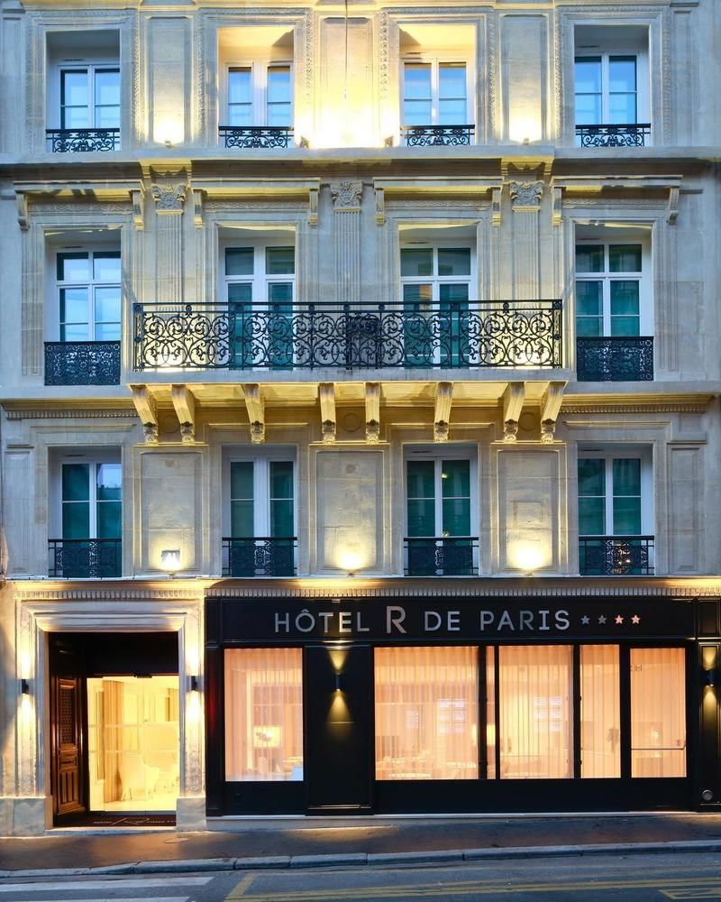 DELUXSHIONIST HOTEL R DE PARIS REVIEW