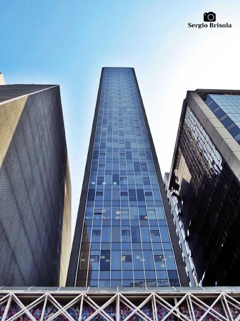Vista ampla da fachada do Edifício Paulista I - Bela Vista - São Paulo