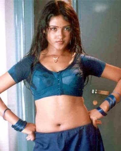 Malayalam Desi Aunties Navel Show Pics