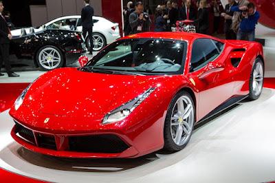 Mobil Ferrari 488 GTT