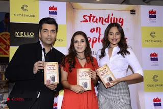 Sonakshi Sinha Karan Johar at Aishwarya Rajinikanth Standing on an Apple Box Book Launch Event  0064.jpg