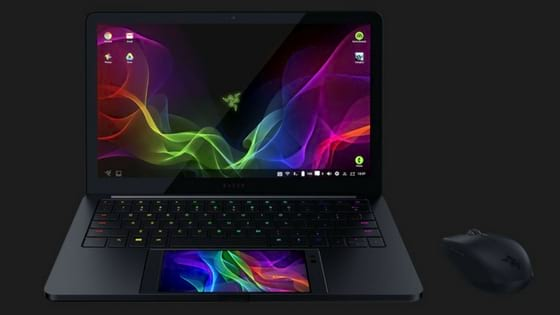 Razer Phone plugs into space where the trackpad traditionally goes