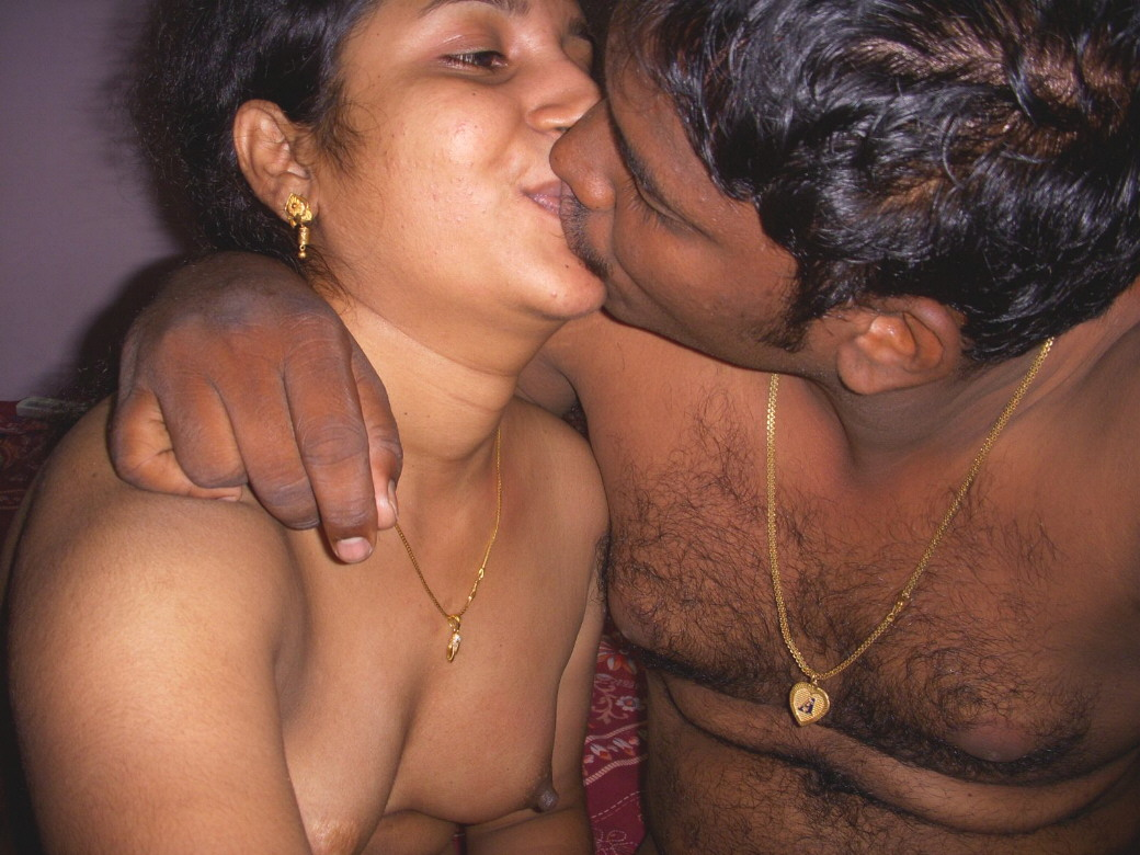 Mysore couple having creampie over in webcam