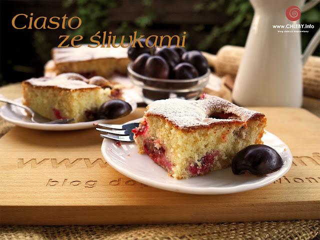 Łatwe ciasto ze śliwkami