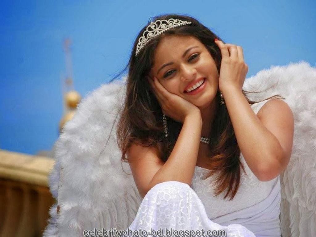 Tamil Actress Sneha ullal Latest HD Wallpaper And Photos