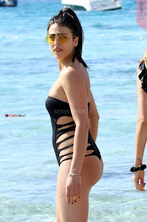 sexy babe Alessia Tedeschi with her lesbian friend in Bikini – WOW Sexy Slim ass Tight Butt Hot Boobs