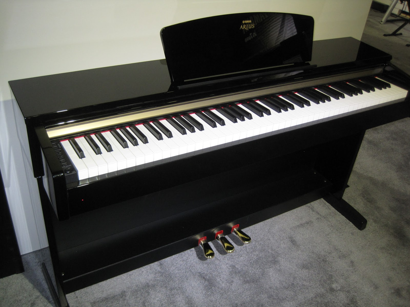Az piano reviews review yamaha ydp c71 digital piano for Yamaha piano com