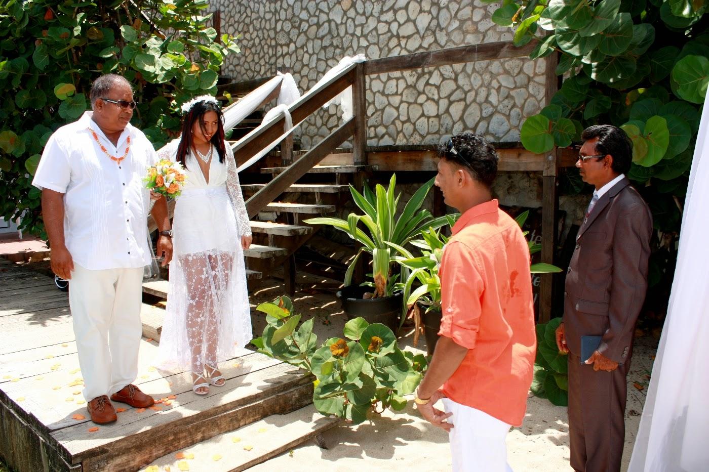 Real Destination Weddings: Morning Wedding At Sandy Point