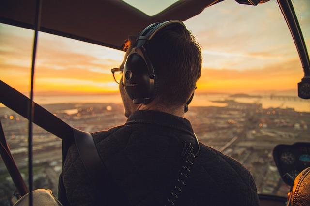 Viaja con AudioGuias. Descargatelas Gratis