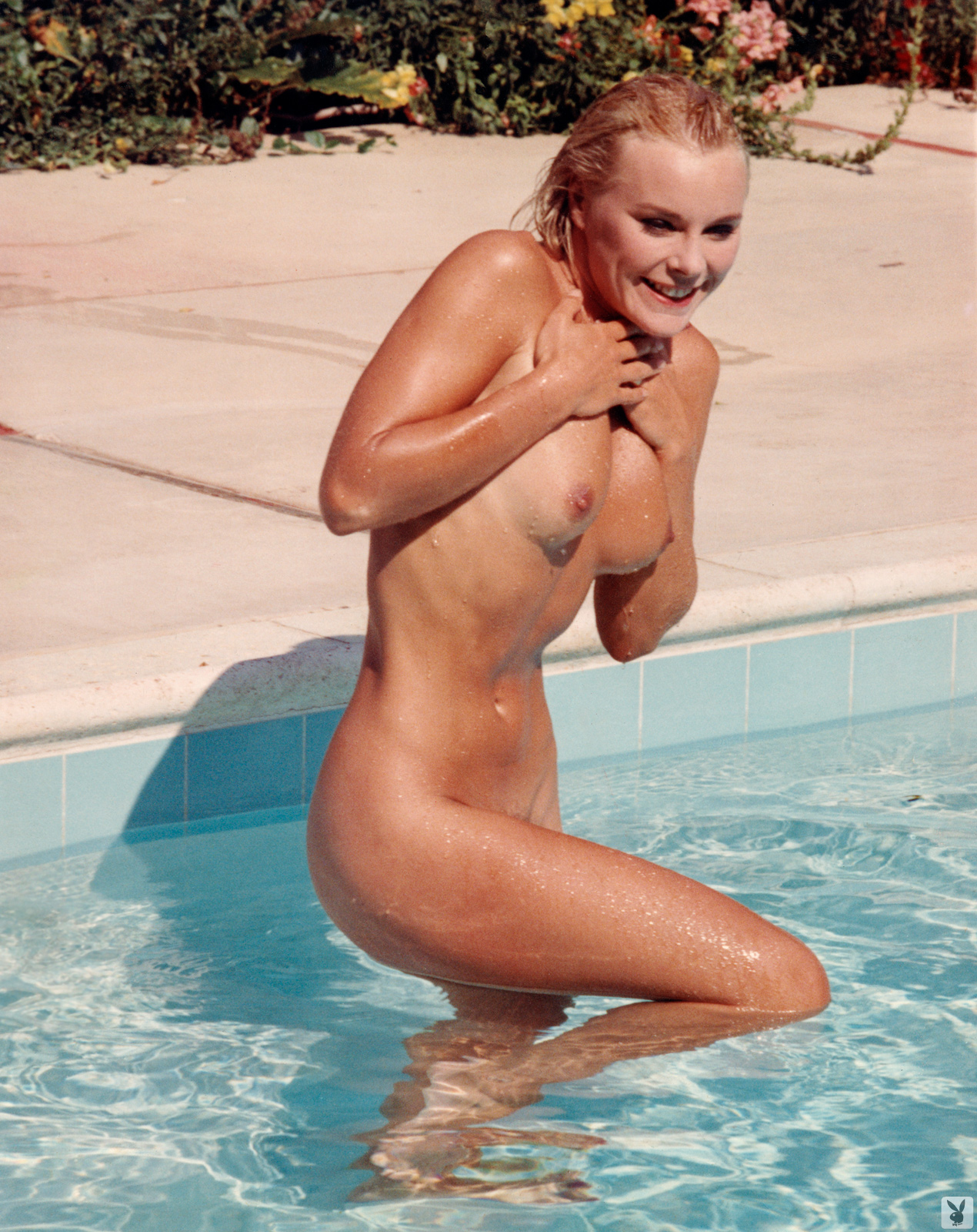 Elke nude