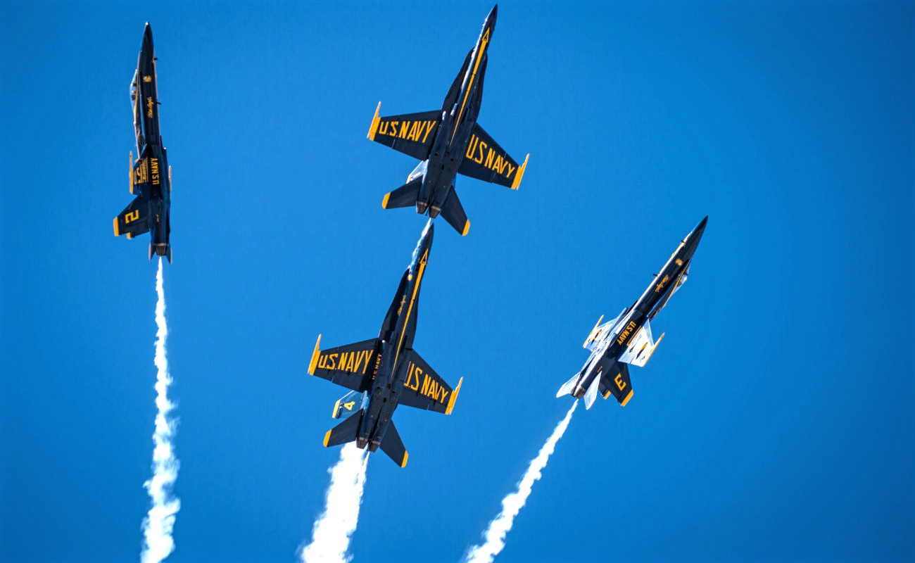 Boeing To Retrofit Blue Angels Fleet