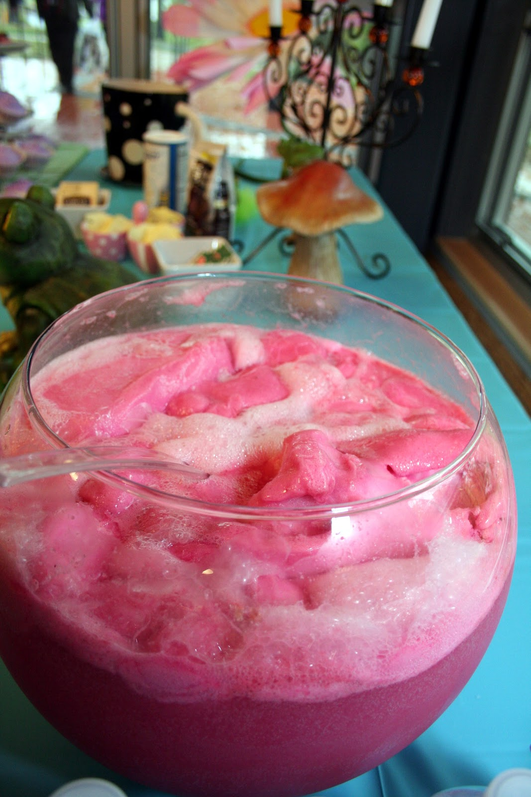 A Busy Mom's Blog: Pink Party Punch