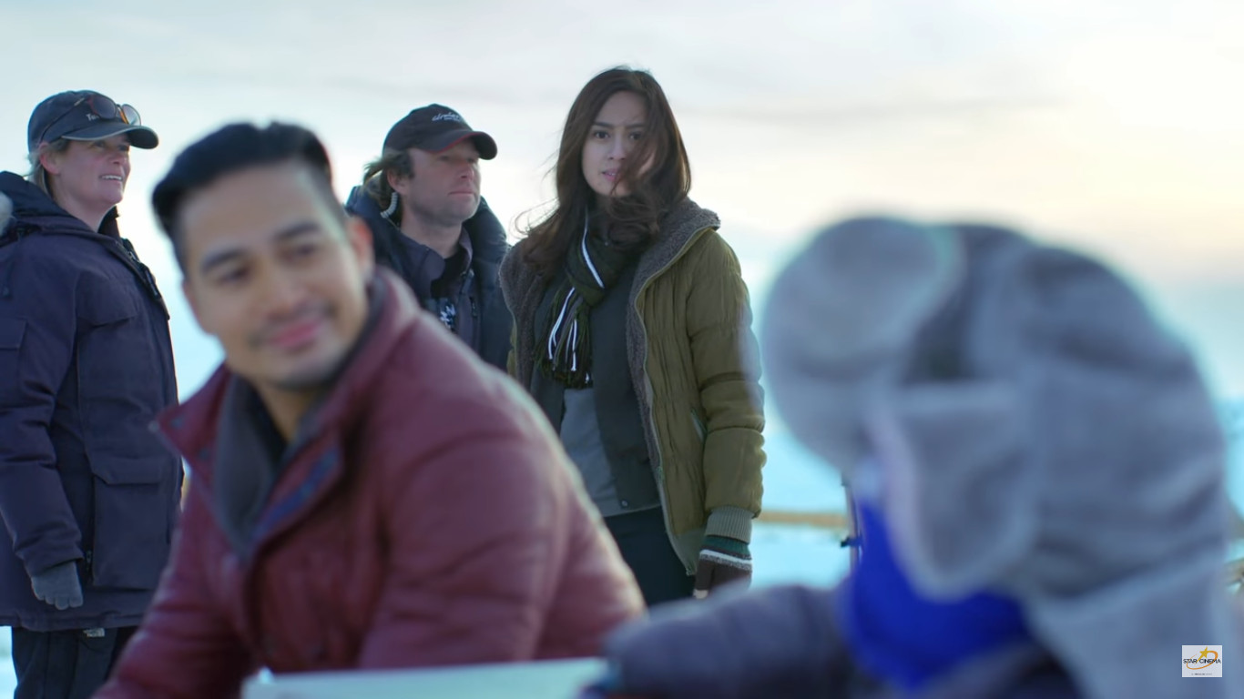Northern Lights A Journey to Love (2017) Star Cinema film starring  Piolo Pascual, Yen Santos, and Raikko Mateo about a father winning his estranged son's heart and finding love with a heartbroken girl in alaska