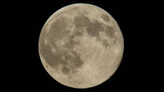 Η μεγαλύτερη Σελήνη του χρόνου ορατή στην πανσέληνο της Κυριακής!