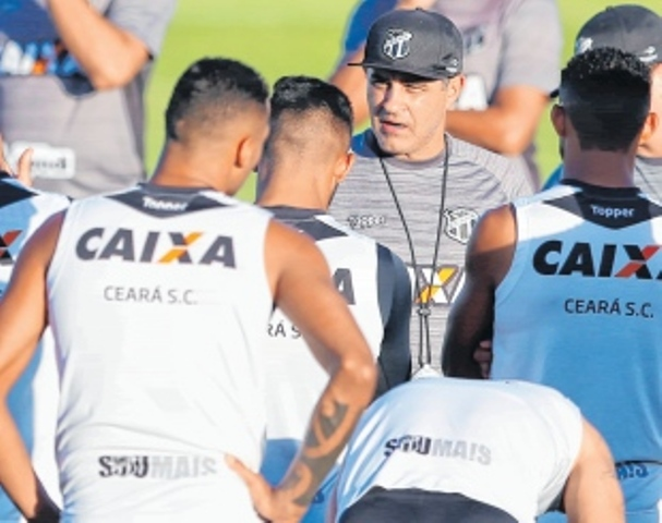 Após o terceiro jogo sem vitória do Ceará na Série A e apenas um ponto  conquistado em 3 rodadas d9978a0518760