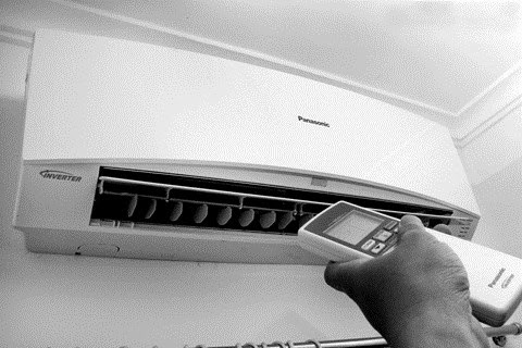 Vì sao nên tránh bật tắt máy lạnh liên tục?