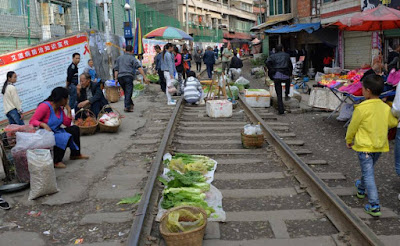 'Railway market' in Zunyi