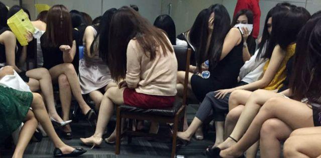 PSK China Masuk Indonesia Pakai Visa Kunjungan Wisata, Ditangkap Jelang Malam Tahun Baru 2017