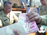 Alhamdulillah ! Gaji ke-13 PNS, TNI/POLRI Serta Pensiunan PNS Sudah Cair