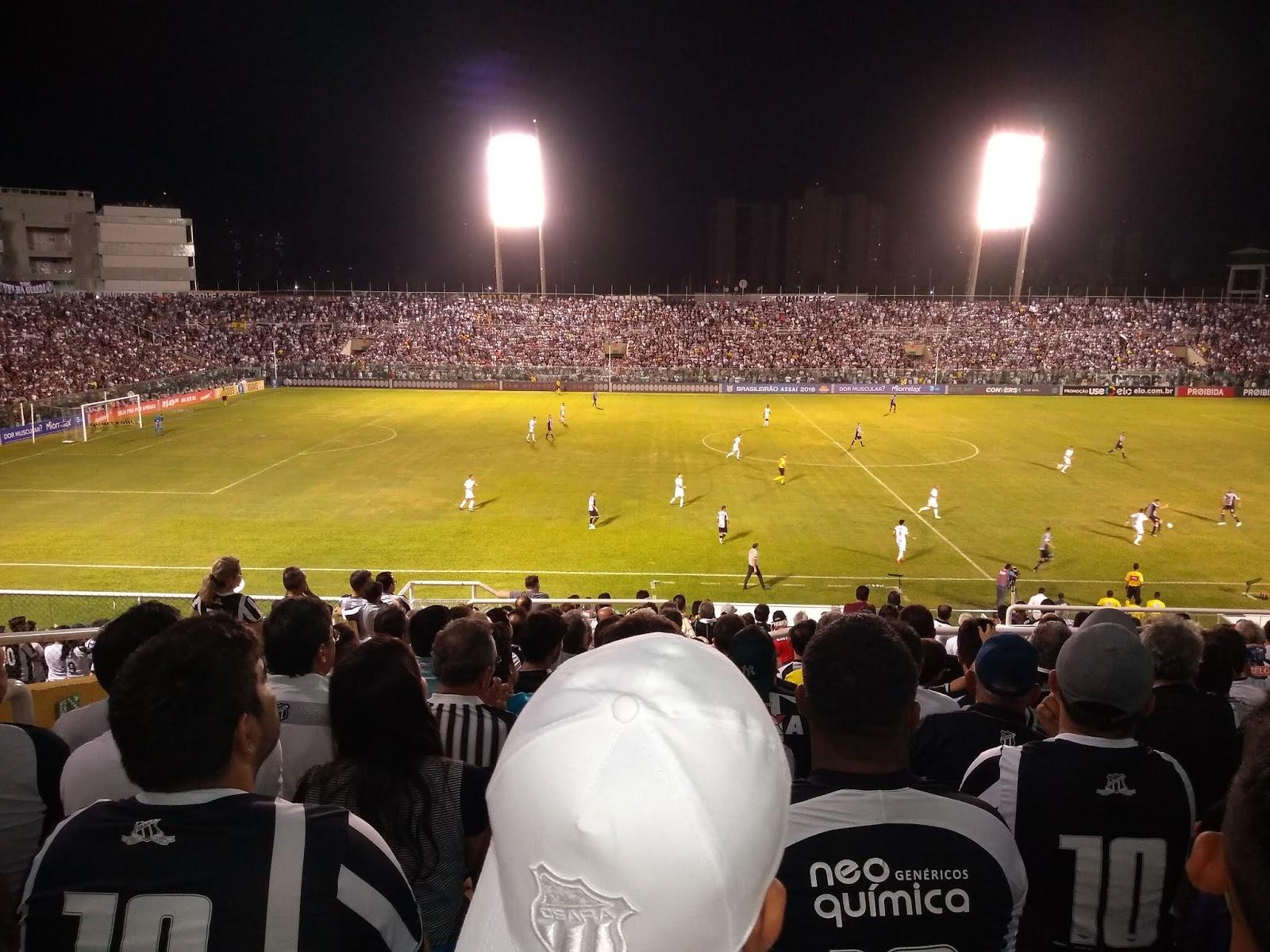 34328f9414 Ceará cede empate ao Santos e árbitro carrega tintas contra torcida