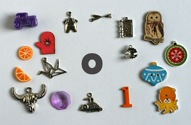 TomToy Individual letter O I spy trinkets for alphabet, Miniature abc objects, Montessori alphabet. Sorting toddler activities