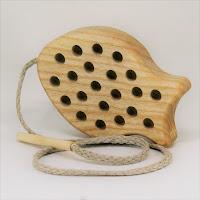 Lotes wooden toys,TT11, Threading Fish