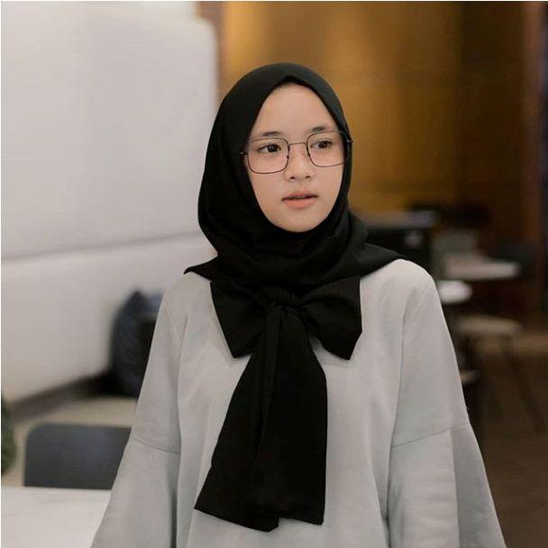 Profile Biodata Nissa Sabyan Skrg Lagi Naik Daun lo