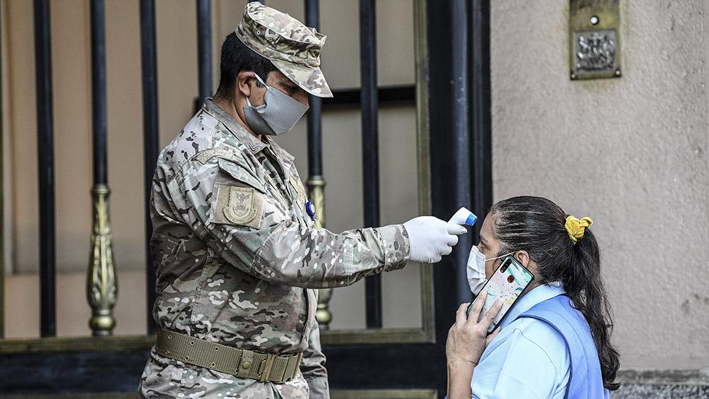 Chile lanza un carnet sanitario para certificar el estado de pacientes recuperados